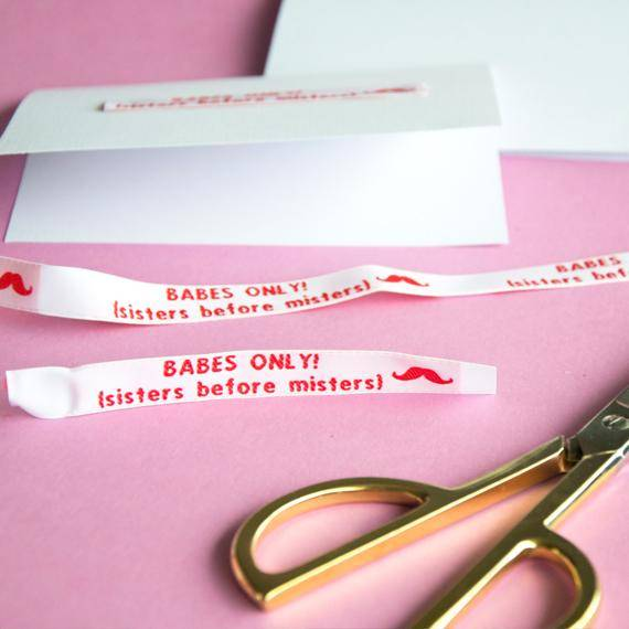 Text ribbon